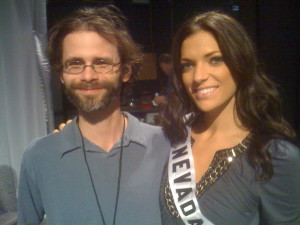 I applaud Miss Nevada's geniality in humoring a wolfman knock-off.