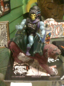 Even in Vegas, Skeletor fails to get that accursed He-Man.