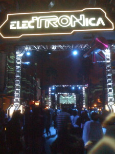 ElecTRONica.