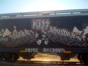 I wanna ride the rails all night....